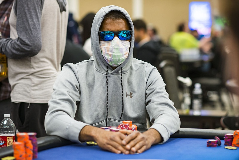 virus corona berdampak buruk bagi pemain poker dunia